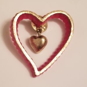 ❤VINTAGE COLLECTORS HEART PIN❤
